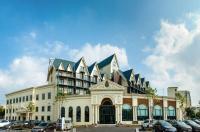 Blue Palace Hotel Image