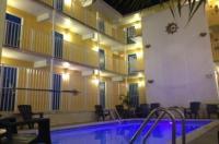 Seaside Inn & Suites Image