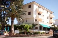Apartamentos La Cabana Image
