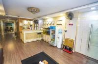 A25 Hotel - 13 Bui Thi Xuan Image