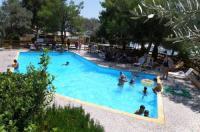 Hotel Petit Village Image