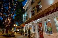 Camas Hotel Image