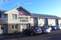 Tudor Motor Lodge Image