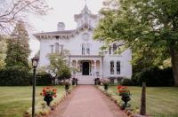 Mayhurst Inn Image
