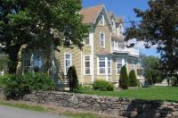 Louisbourg Harbour Inn Image