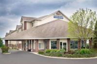 Baymont Inn & Suites Columbus/Rickenbacker Image