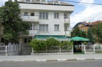 Niko Hotel Image