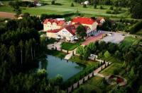 Hotel Chabrowy Dworek Image