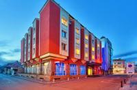Hotel Palas Image