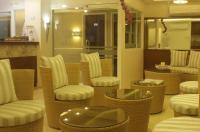 Ridgecrest Gardens Hotel Image
