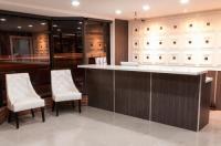 Gardena Terrace Inn Image