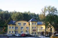 Gasthof & Hotel Wolfsegger Image
