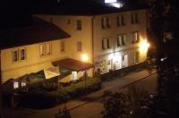 Hotel Elko Image