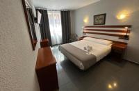 Hotel Valdemoro Image