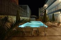 Kiwi Hotel Image