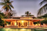 Hotel Tropico Latino Image