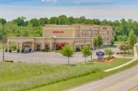 Hampton Inn Auburn Image