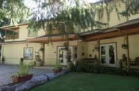 Cedar Wood Lodge Bed & Breakfast Inn Image