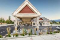 Best Western Plus Prestige Inn Radium Hot Springs Image