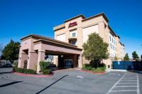 Hampton Inn & Suites Pittsburg Image