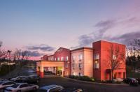 Doubletree By Hilton Beaverton Image