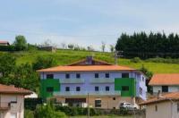 Aginaga Hotela Image