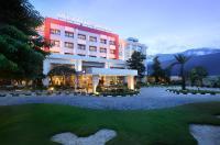 Mercure Palu Hotel Image