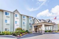Microtel Inn & Suites By Wyndham Verona Image