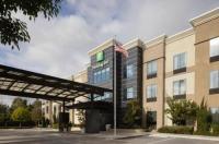 Holiday Inn Carlsbad/San Diego Image