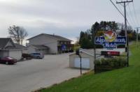 Algoma Beach Motel Image