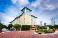 Hotel Indigo Jacksonville-Deerwood Park Image