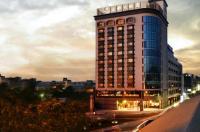 Grand City Hotel Image