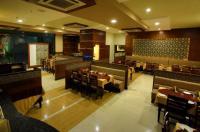 Hotel Paras Inn Image