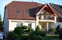 Borbarát Vendégház Image