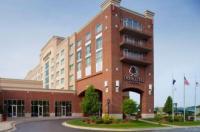 Doubletree Bay City Riverfront Image