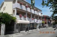 Hotel Eliani Image