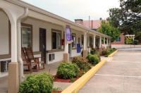 Blue Ridge Inn Image