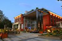 Hotel Divinus Image