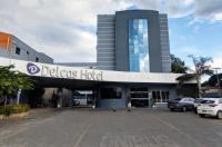 Delcas Hotel Image