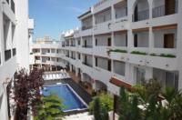 Hotel Puerto Mar Image