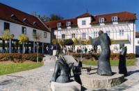 Akademie Schönbrunn Gästehaus St. Klara Image