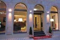 Arcade Hotel Image