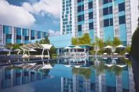 Crimson Hotel Filinvest City Manila Image