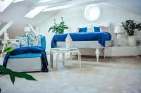 Villa Harmonia Bed & Breakfast Image
