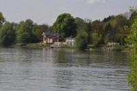 Fischwirtshaus Landmotel Die Donaurast Image