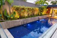 JR Hotel Image