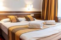 Hotel Árpád Image