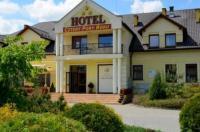 Hotel Cztery Pory Roku Image