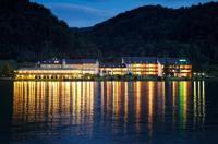 Hotel Donauschlinge Image