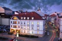 Hotel Trinity Image